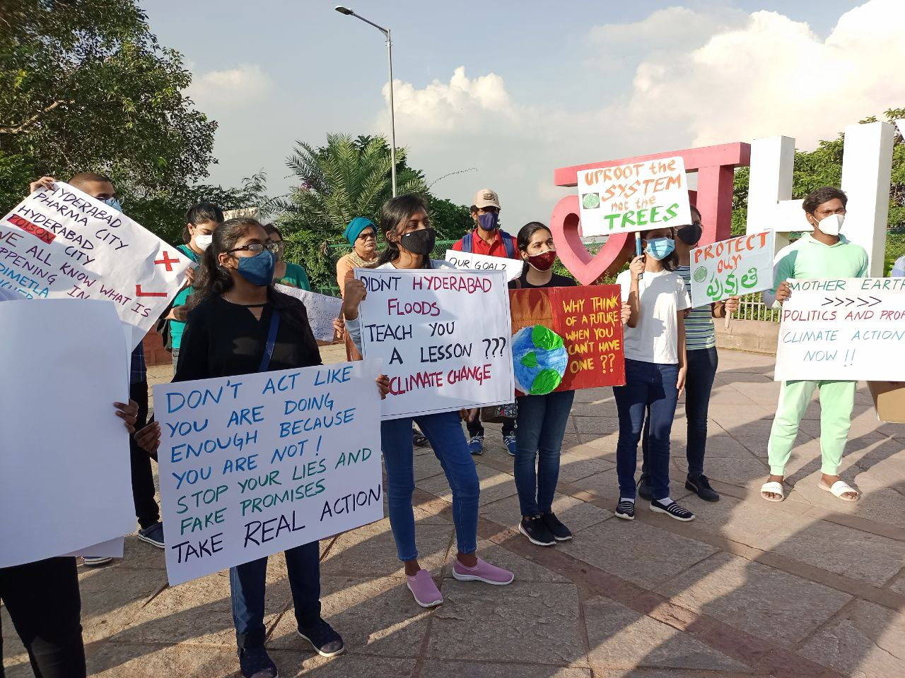 Fridays for Future Telangana organises 'global climate strike'