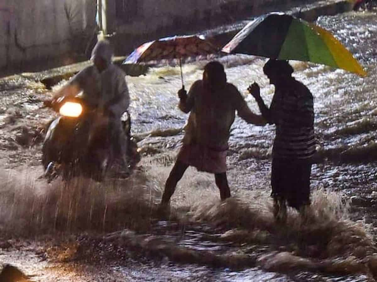 Heavy rainfall lashes several localities in Hyderabad