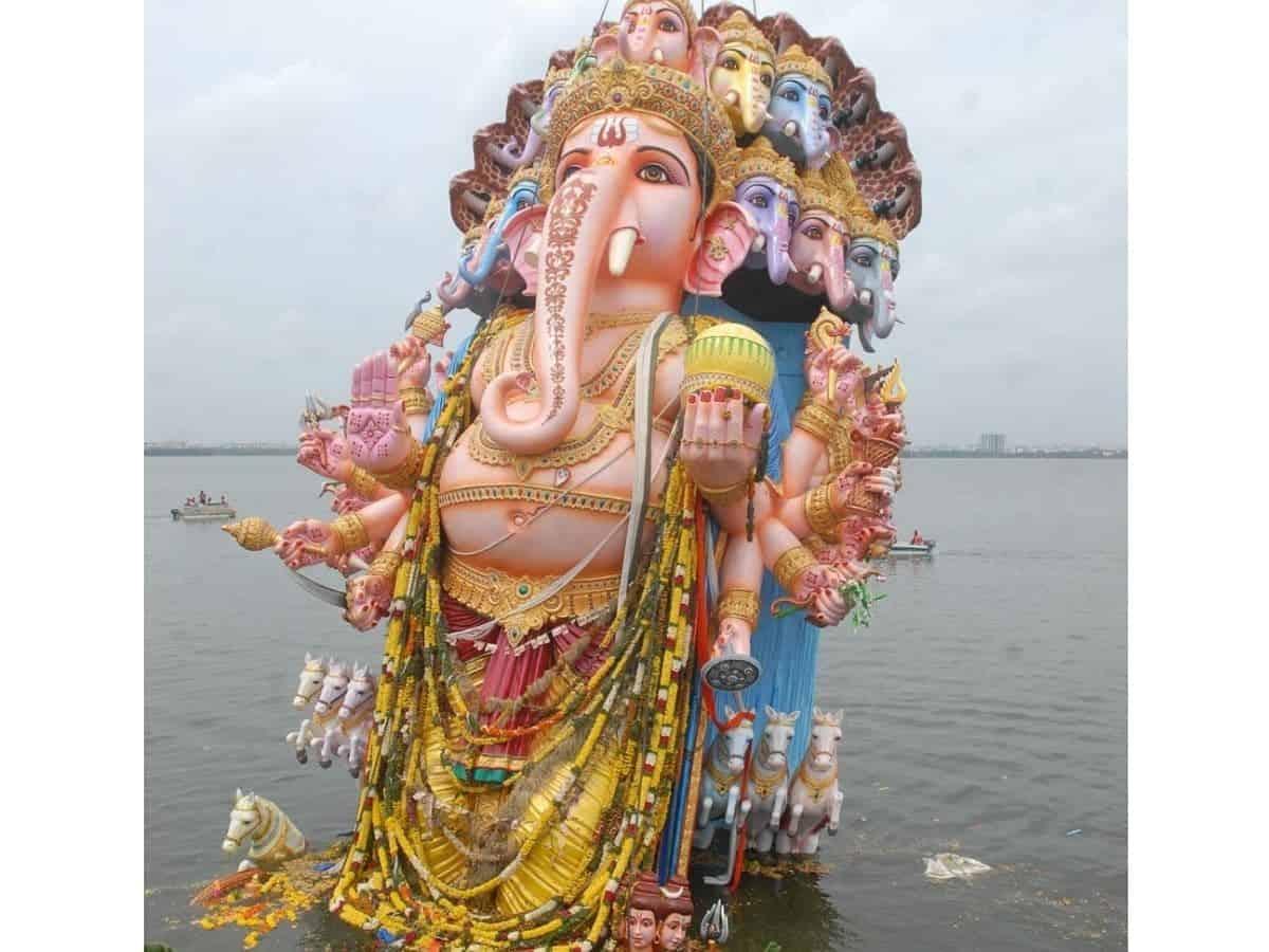 Hyderabad: 40-ft tall Khairatabad Ganesh idol immersed in Hussain Sagar