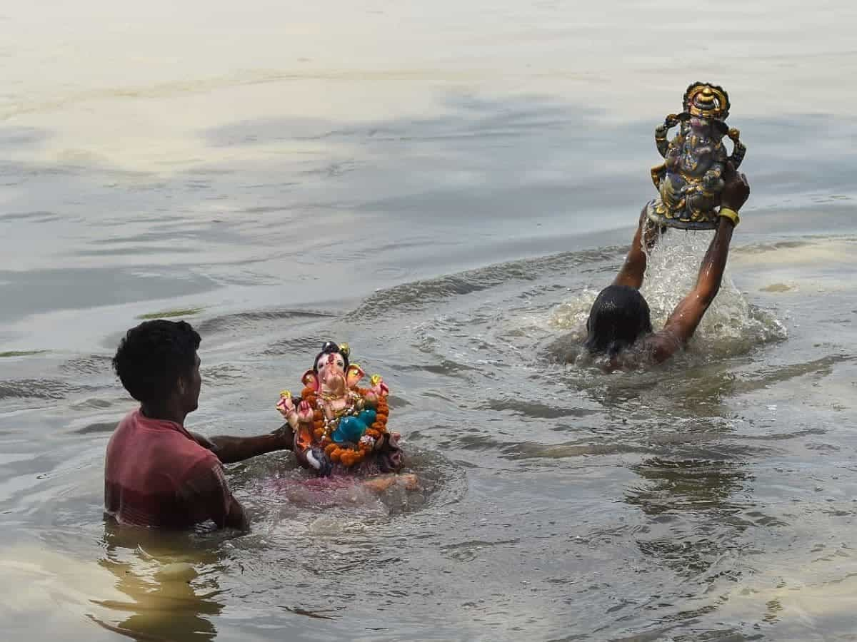 Ganesh immersion in Hyderabad's Hussain Sagar continues on 2nd day