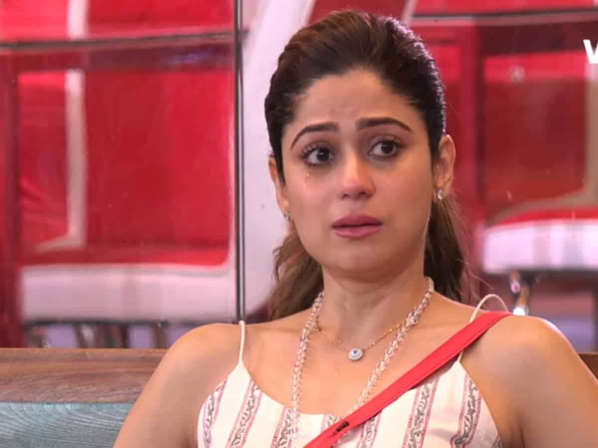Shamita Shetty reveals her boyfriend died in car accident [Video]