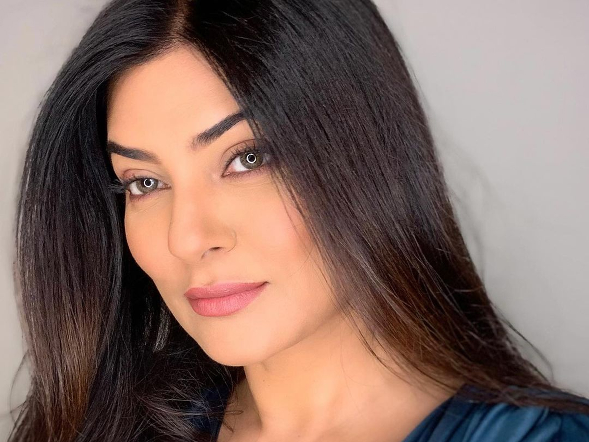 'Being blessed is a feeling', pens Sushmita Sen with captivating post