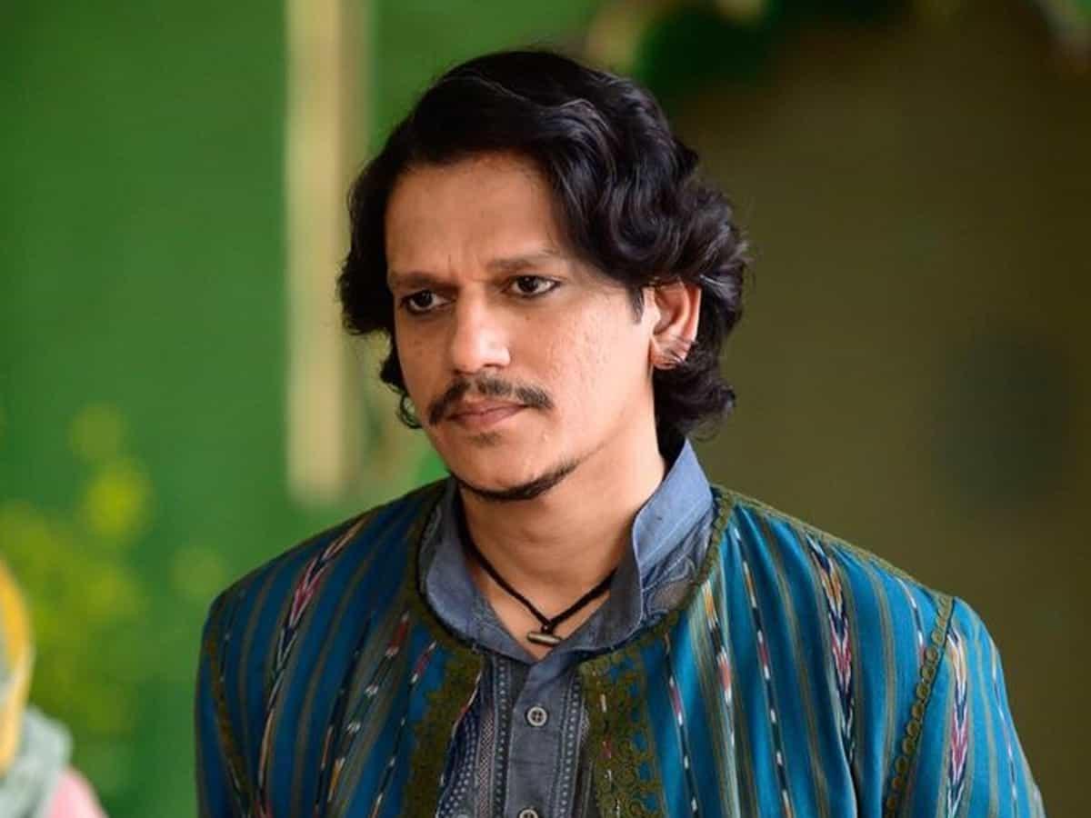 'Gully Boy' fame Vijay Varma in Varanasi for new project
