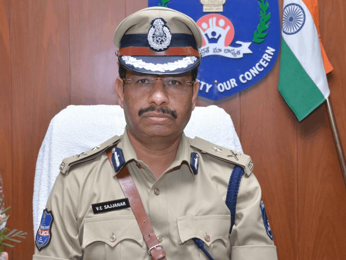 IPS officer V C Sajjanar appears before SC appointed probe panel