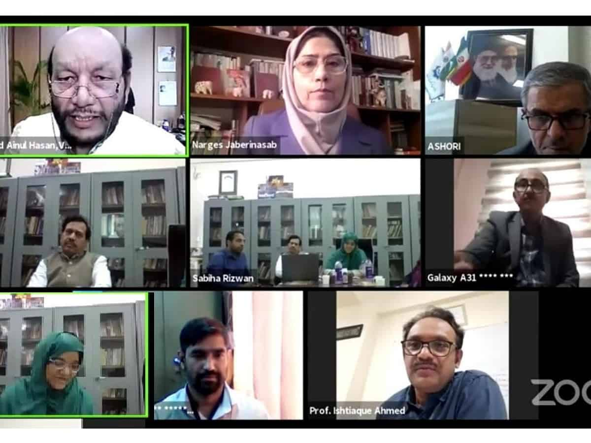 International Persian webinar held at MANUU
