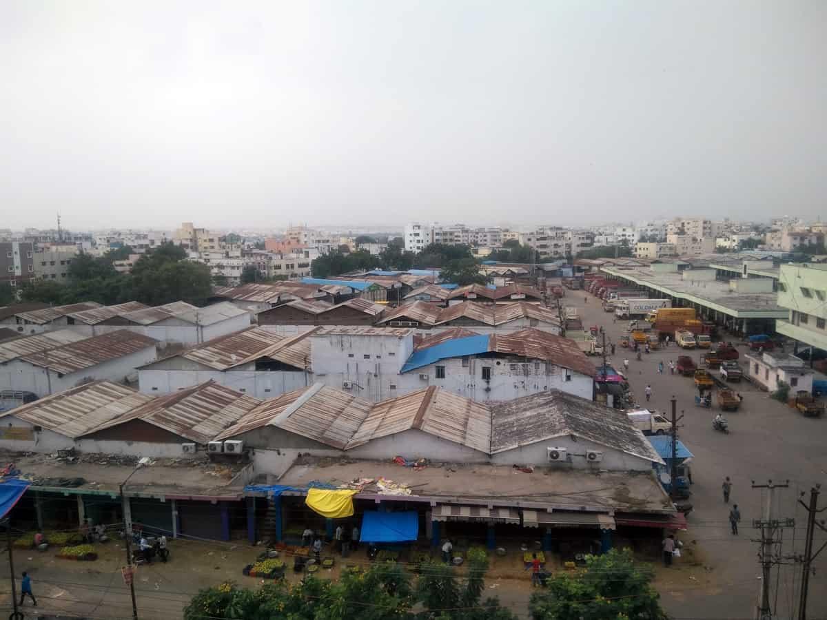 Hyderabad: The future of Kothapet fruit market in jeopardy