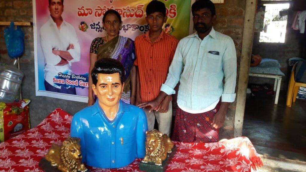One more temple dedicated to Sonu Sood in Telangana