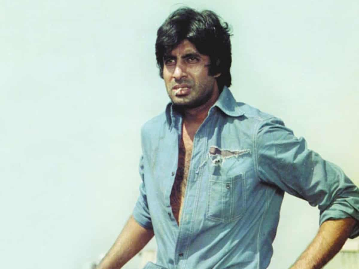 Top 10 iconic dialogues of Amitabh Bachchan