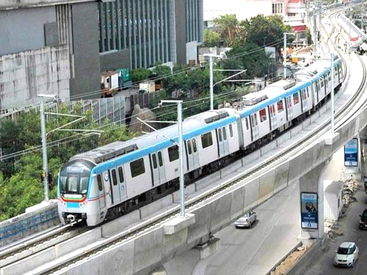 Hyderabad: 19-yr-old dies by suicide after jumping from metro station