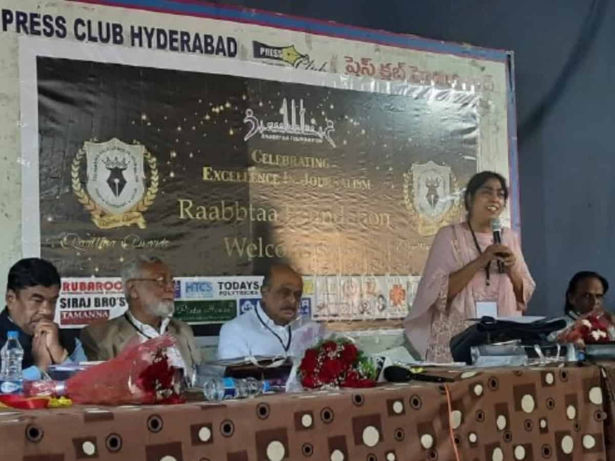 Raabta Foundation honours Journalists at a function for Excellence in Journalism
