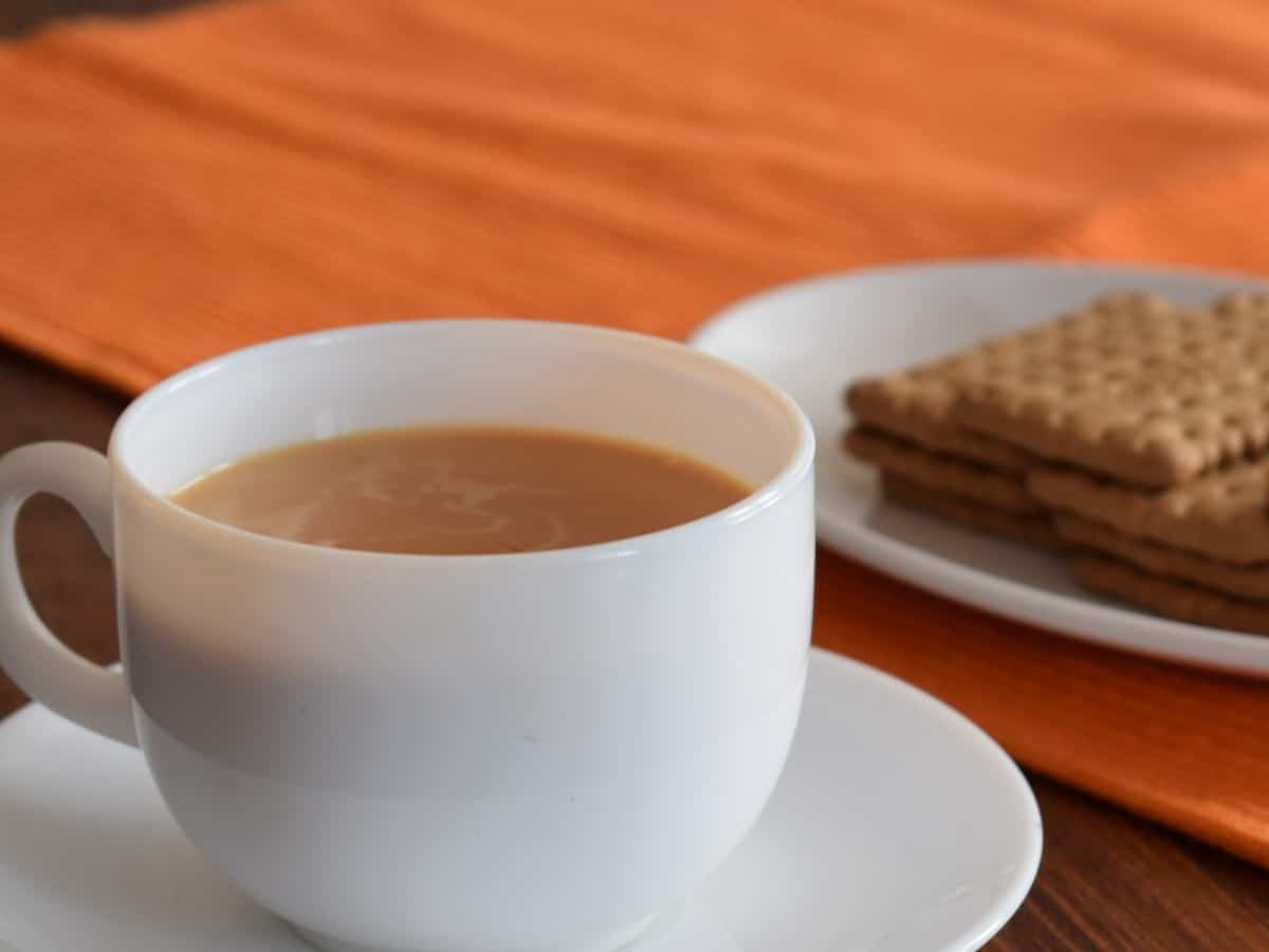 Hyderabad: Niloufer Cafe presents a cup of tea for Rs 1000