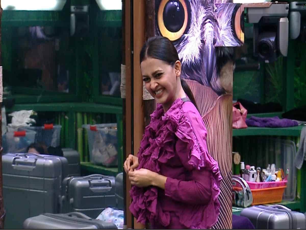 Bigg Boss 15: Tejasswi dresses up for her 'baby'